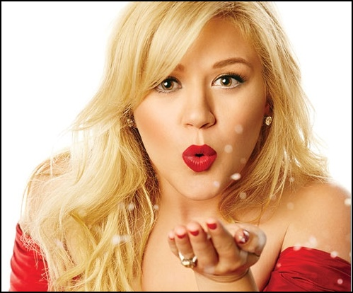 Album Review: Kelly Clarkson – 'Wrapped In Red' –